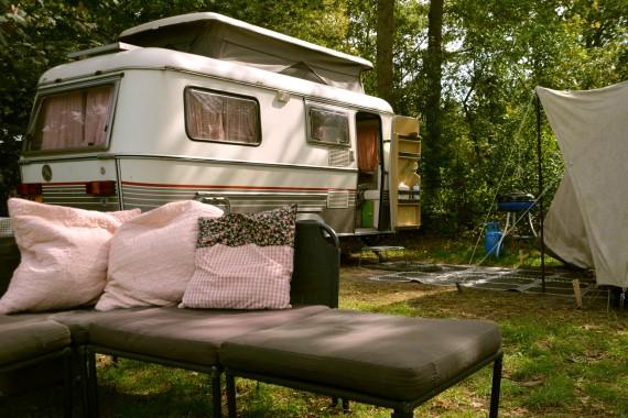 caravan couch tent pitch Geversduin