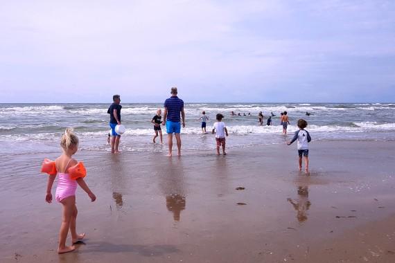 korren beach sea children activtiy geversduin