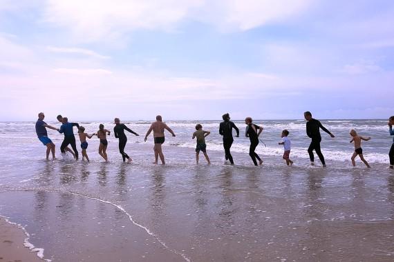 korren children family sea beach geversduin